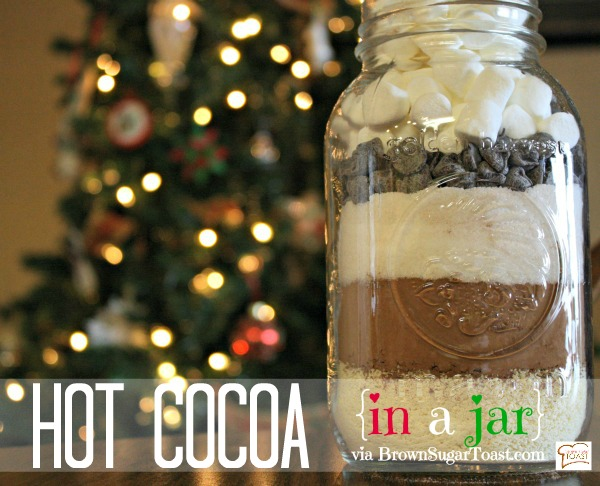Hot Cocoa in a jar - easy & cheap to make, plus it's SO pretty to give!